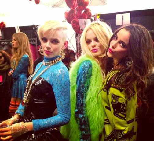 @xobetseyjohnson: My hot show girls! #BetseysHot #BTS #MBFW